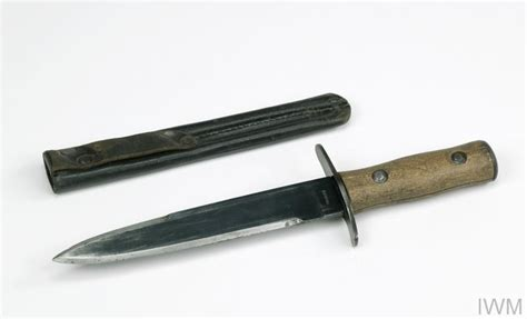 Italian Fascist Youth knife, with scabbard | Imperial War