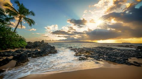 Escape the winter chill with a holiday to beautiful Hawaii